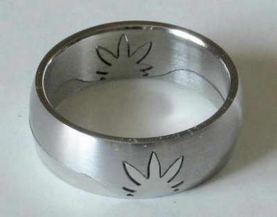 Prsten TRÁVA